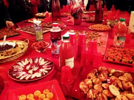 Buffet rouge vernissage